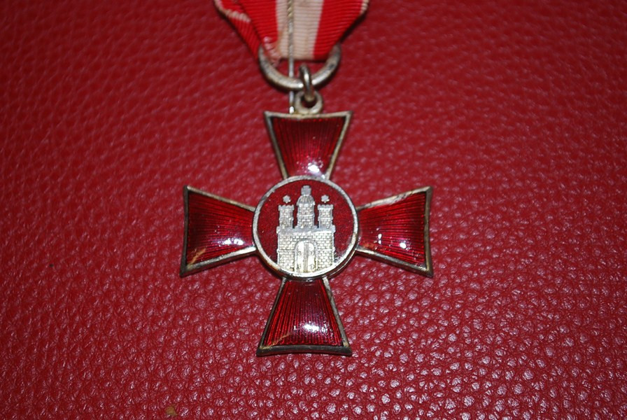 WW1 GERMAN HANSEATIC CROSS-SOLD