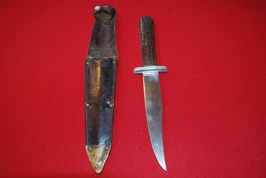 WW2 BRITISH FIGHTING KNIFE.c-SOLD