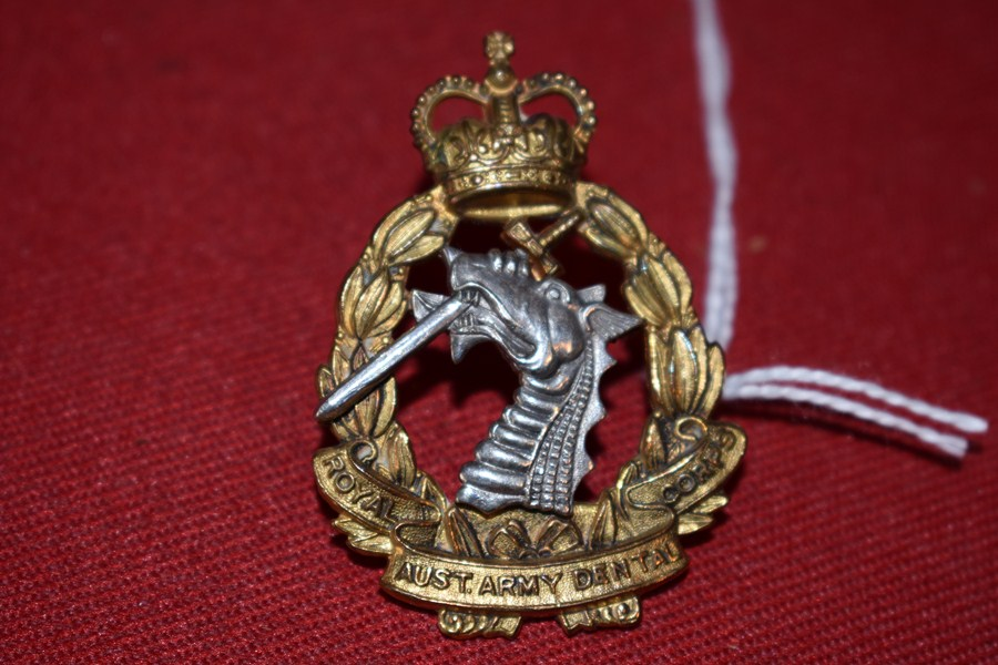 AUSTRALIAN ARMY HAT BADGE. DENTAL CORPS. 53-60