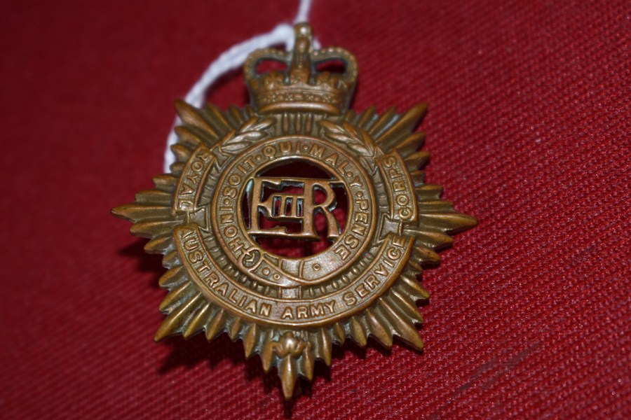 AUSTRALIAN ARMY HAT BADGE. SERVICE CORPS. 53-60