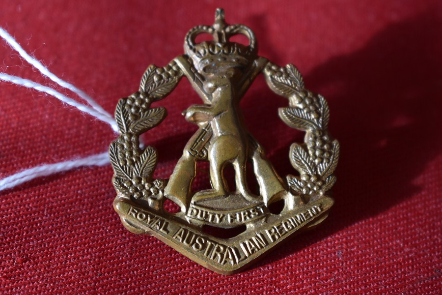 AUSTRALIAN ARMY HAT BADGE. RAR SKIPPY BADGE. 53-60-SOLD