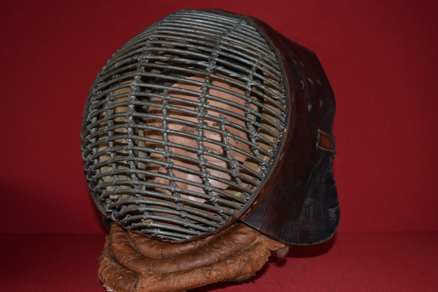 AUSTRALIAN ISSUE WW1 BAYONET PRACTICE TRAINING MASK-SOLD
