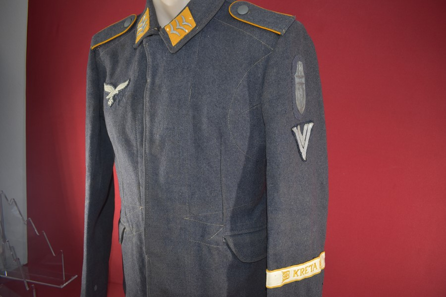 WW2 GERMAN FALLSHIRMJAGER TUNIC, 7 FLIEGER DIVISION-SOLD