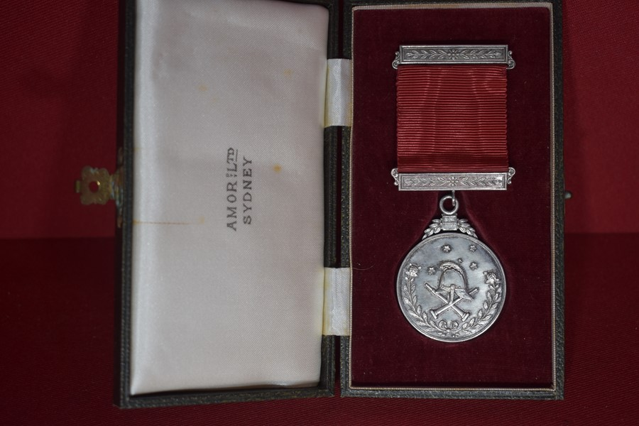 NEW SOUTH WALES VOLUNTEER FIRE BRIGADE LONG SERVICE MEDAL IN ORIGINAL BOX
