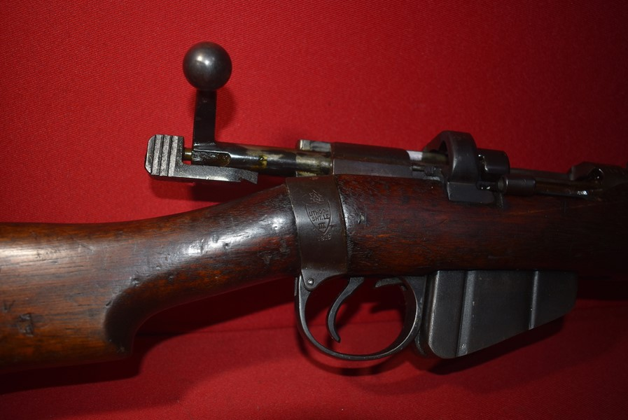 DE-ACTIVATED 303 RIFLE BY LITHGOW dated 1918-SOLD