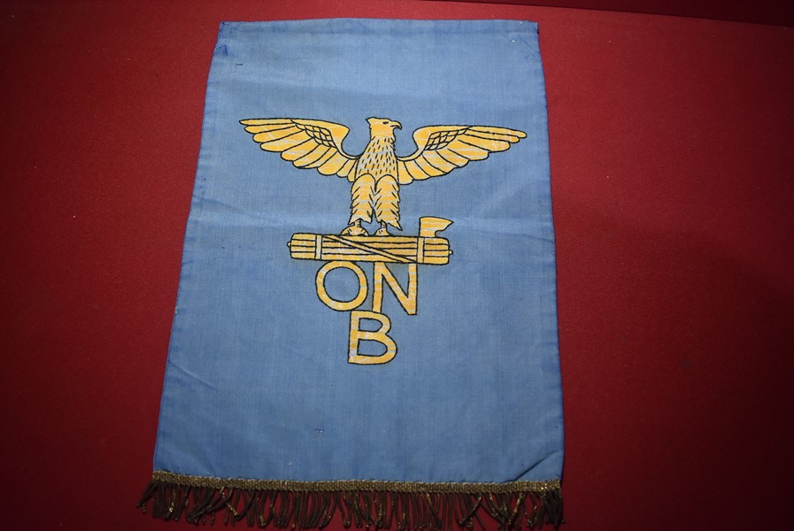 WW2 ITALIAN FASCIST YOUTH ORGANISATION (ONB) PODIUM BANNER
