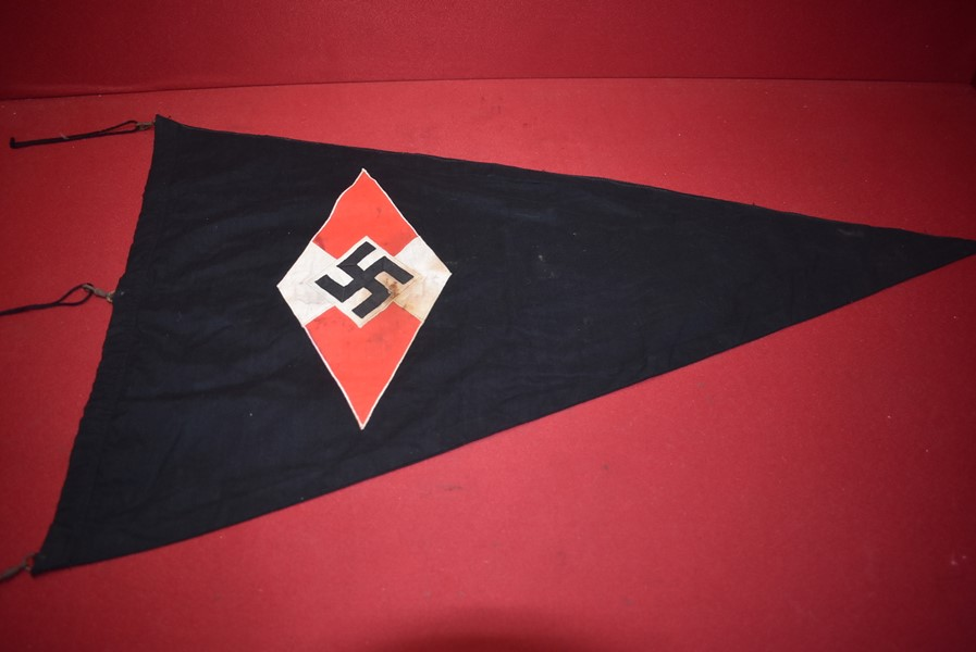 WW2 GERMAN HITLER YOUTH BDM PENNANT