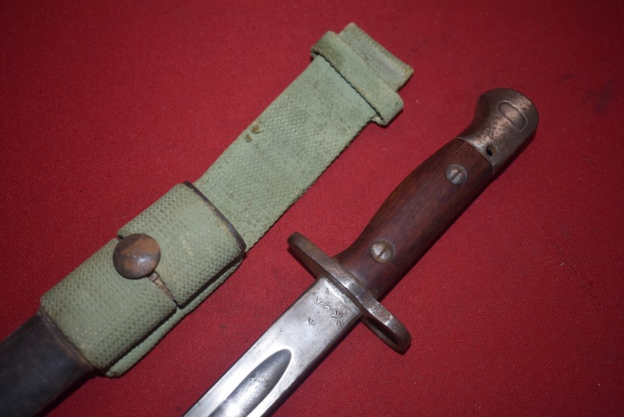AUSTRALIAN ISSUED WW2 PATT 07 BAYONET FOR THE 303 RIFLE-SOLD
