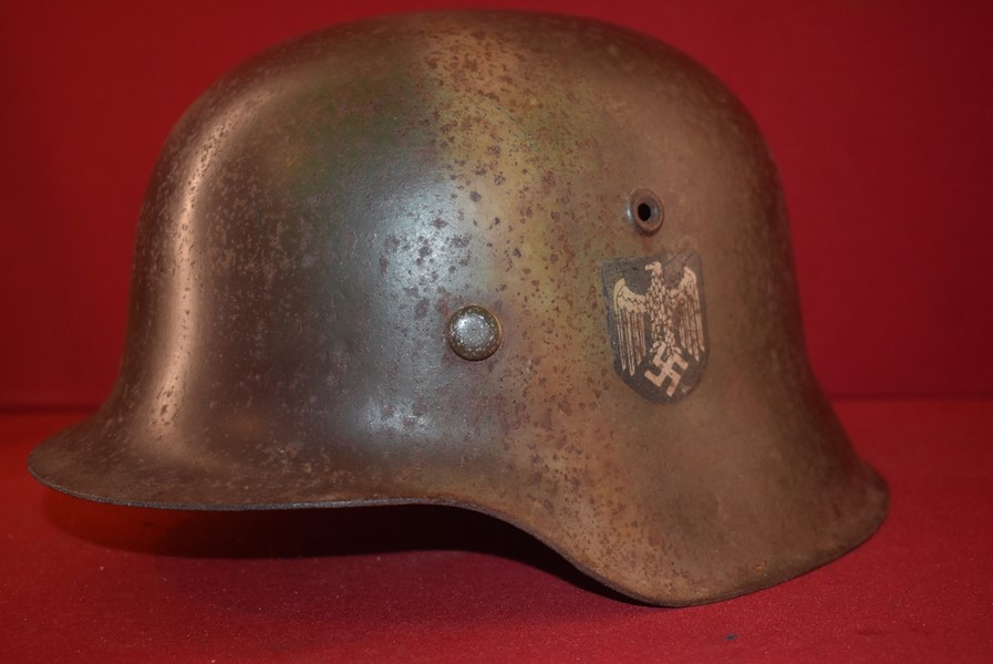 WW2 GERMAN M42 SINGLE DECAL CAMO HELMET - SOLD