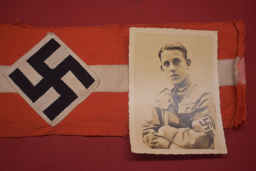 WW2 GERMAN HITLER YOUTH ARMBAND AND ORIGINAL PHOTOGRAPH-SOLD