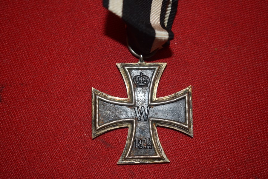 WW1 GERMAN IRON CROSS SECOND CLASS WITH RIBBON.-SOLD.