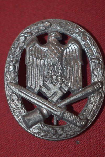 WW2 GERMAN ARMY GENERAL ASSAULT BADGE
