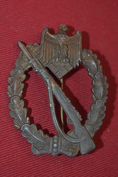 WW2 GERMAN INFANTRY ASSAULT BADGE BRONZE GRADE-SOLD
