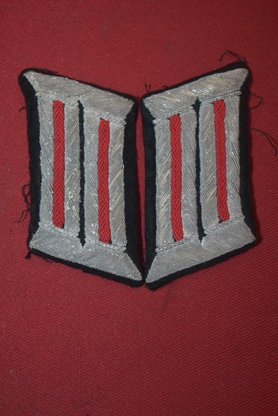 WW2 GERMAN ARTILLERY OFFICERS COLLAR TABS