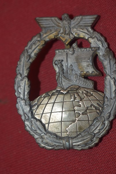 WW2 GERMAN AUXILLARY CRUISER BADGE
