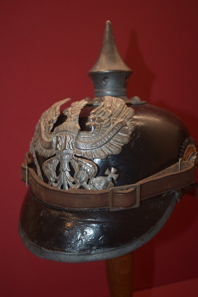 GERMAN WW1 SPIKE (PICKELHAUBE) HELMET