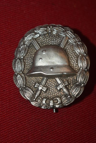 GERMAN SILVER WOUND BADGE WW1-SOLD
