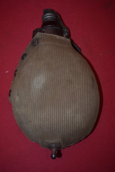 WW1 GERMAN WATER CANTEEN WITH ORIGINAL STOPPER